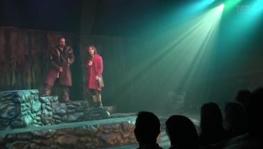 Bilbo and Thorin Entering Mirkwood